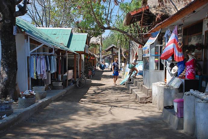 Calle con tiendas