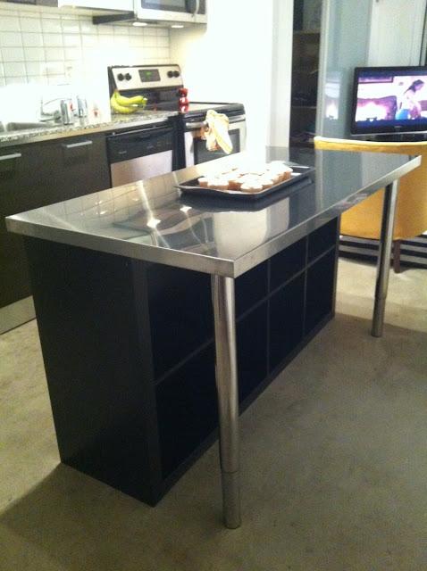 a minha alegre casinha uma ilha na cozinha a baixo custo ikea. Black Bedroom Furniture Sets. Home Design Ideas