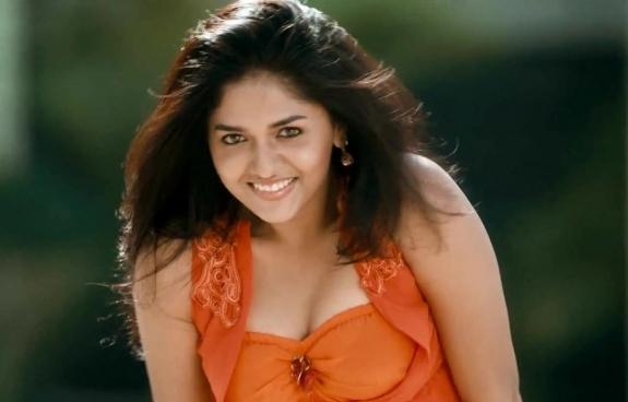 Sunaina latest sexy dancingh stills