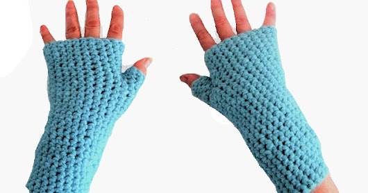 une petite paire de mitaines toutes simples♣a small pair of simple mitts