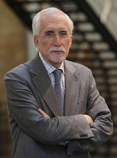 Escritor y académico Luis Mateo Díez