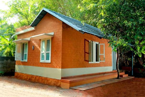 2 bedroom house for 4 lakhs in 400 square feet dream