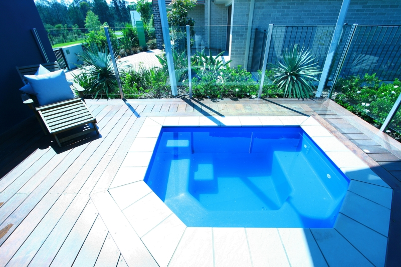 Swimming Pools for Smaller Backyards