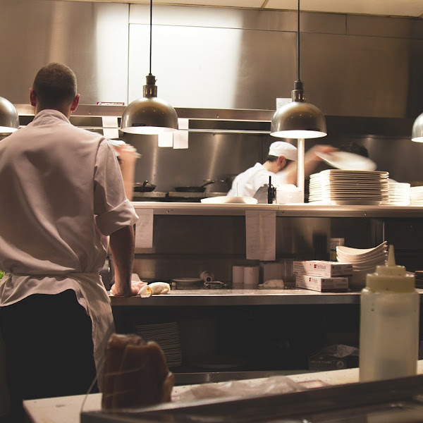 8 Important Things to Consider in a Food Business