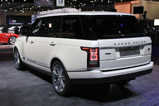 Range Rover Autobiography Performance: Max speed: 225.0 kph