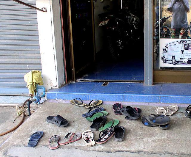Thailand-Pakchong: Beobachtungen Und Erfahrungen: Hausbau