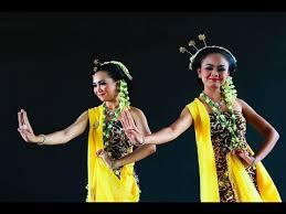 TARI-Tradisional-Gambyong-Khas-Daerah-Jawa-Tengah