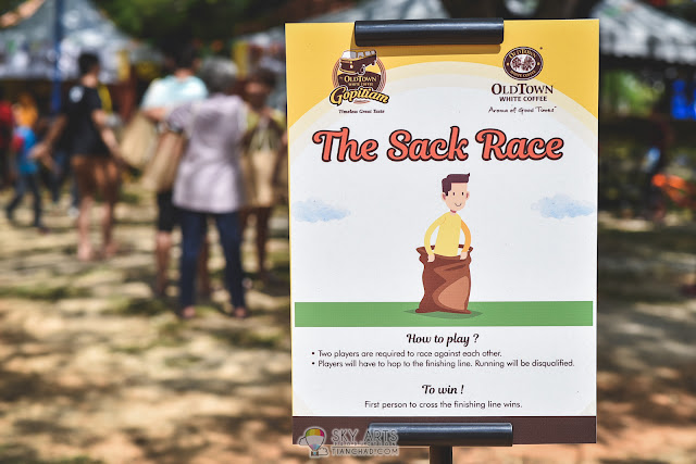 The Sack Race - two players race against each other using the cute sack