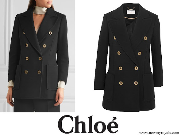 Queen Maxima wore CHLOÉ Double-breasted wool-piqué blazer