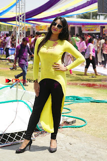Actress Sanjana Galrani High Definition Pos at Holi Celebrations  0015.jpg