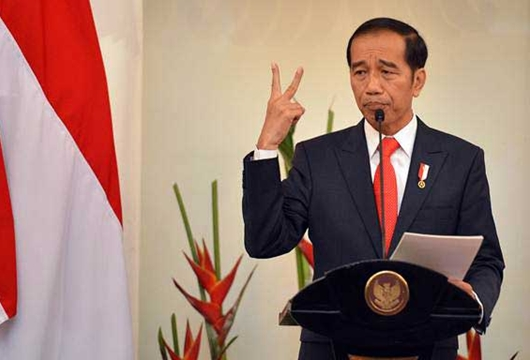 Jokowi: Politik yang Buat Ketakutan dan Propaganda Itu Genderuwo