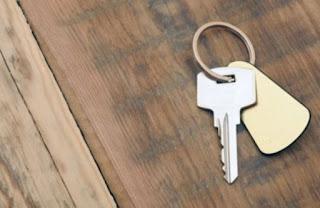 """4 κρυψώνες για να βάλετε το """"δεύτερο"""" κλειδί και να μην το βρει κανείς"""