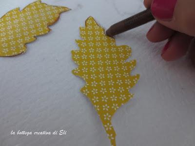 come-realizzare-le-foglie-con-cartoncino-colorato-per-ghirlanda-autunno