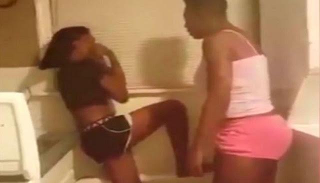 Mira porque esta madre golpea a su hija y lo trasmite por facebook