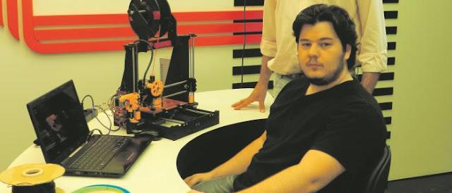 Nota 10 no TCC: Estudante de Sistemas de Informação cria uma impressora 3D.