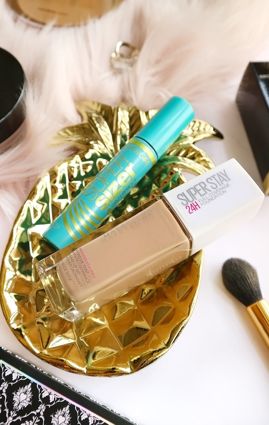 Maybelline Super Stay Foundation and Covergirl Super Sizer Mascara Review