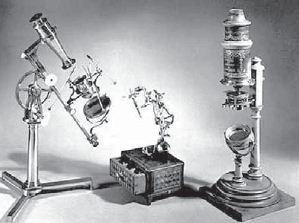 Mikroskop sederhana yang digunakan ilmuwan pada abad ke-17.