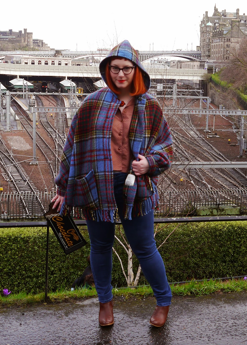 Scottish Blogger, What Helen Wore, Edinburgh Fashion Week, Street Style, #EdFashionWeek, scottish style, This Charming Vintage, Tartan cape, tartan poncho, vintage pyjama top, New Look chocolate bar clutch, Sugar and Vice Overlook necklace