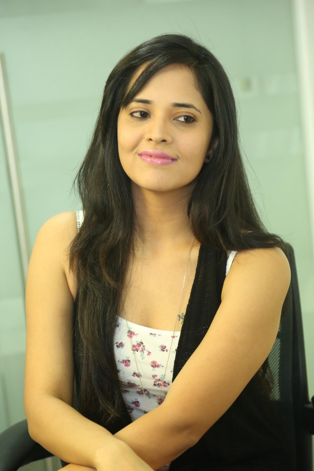 Anasuya latest sizzling photo shoot-HQ-Photo-5
