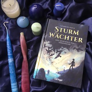 Sturmwächter: Das Geheimnis von Arranmore, Cathrine Doyle, Oetinger Verlag, Rezension von Kinderbuchblog Familienbücherei: eine irische Insel, eine schwarze Zauberin, magische Kerzen
