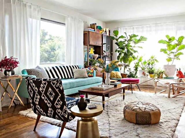 Desain Ruang Keluarga Terbuka Kaya Motif