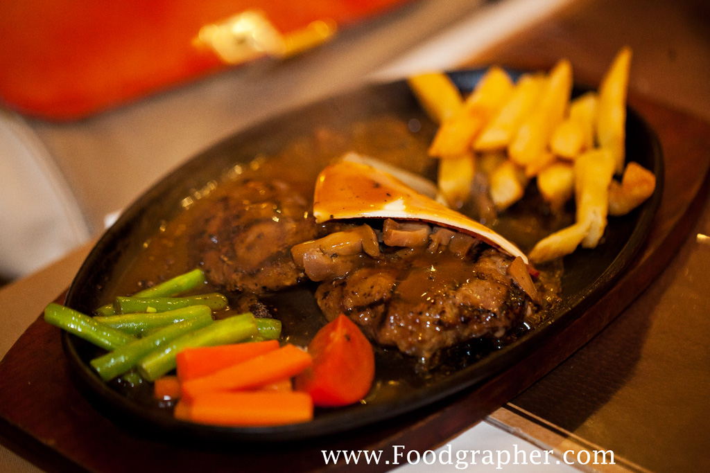 Boncafe Steak House Pregolan Surabaya