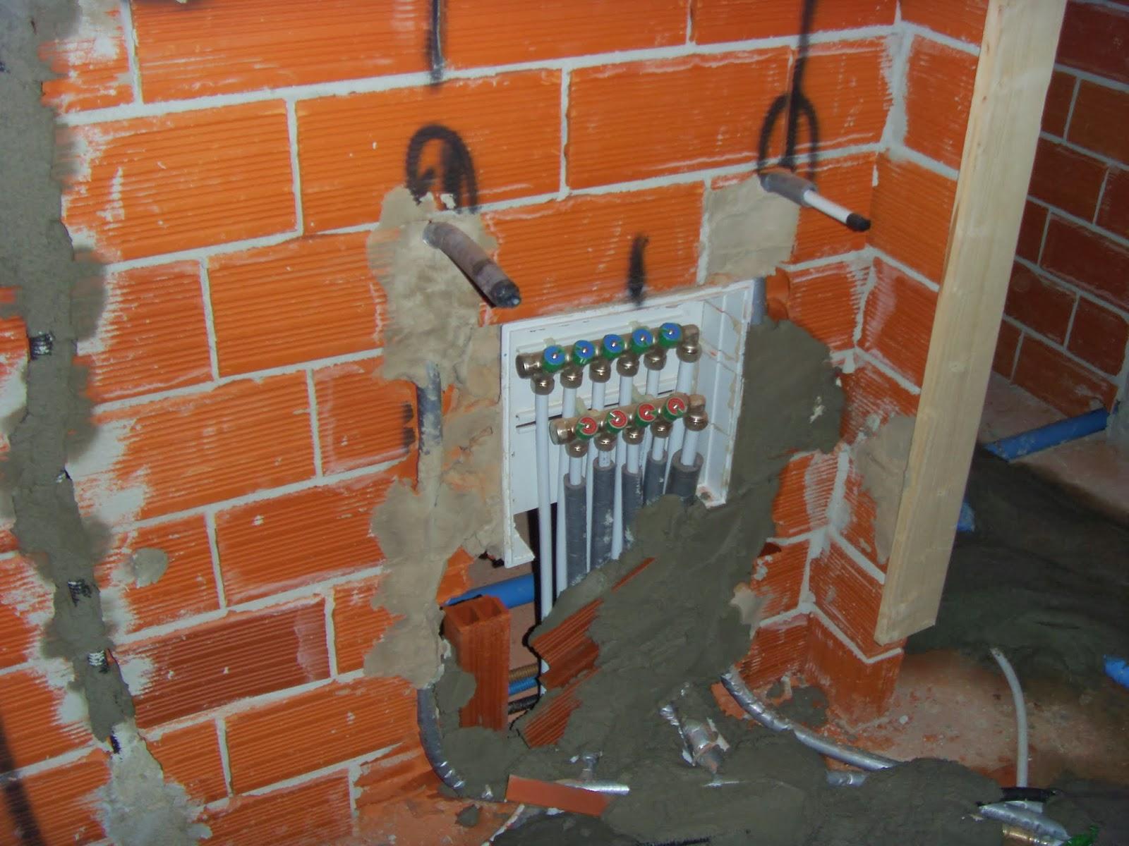 Il costruttore edile finitura degli immobili ed impianti - Impianto acqua bagno ...