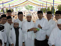 Arifin Ilham di Medan, 3.500 Jamaah Larut dalam Dzikir dan Doa