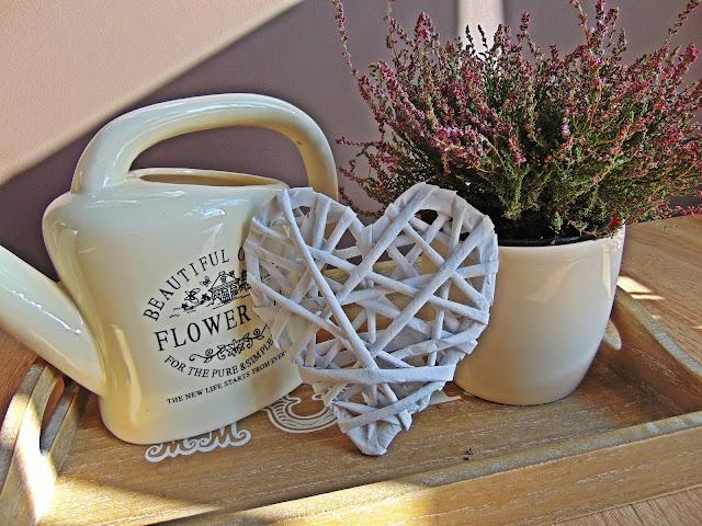Serce z papierowej wikliny