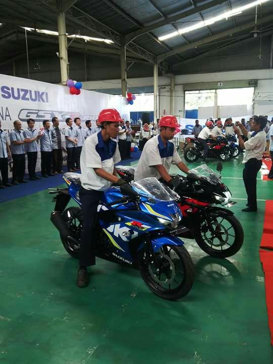 Suzuki Indonesia kembali meriahkan kelas sport 150cc dengan memulai produksi perdana GSX-R150 !