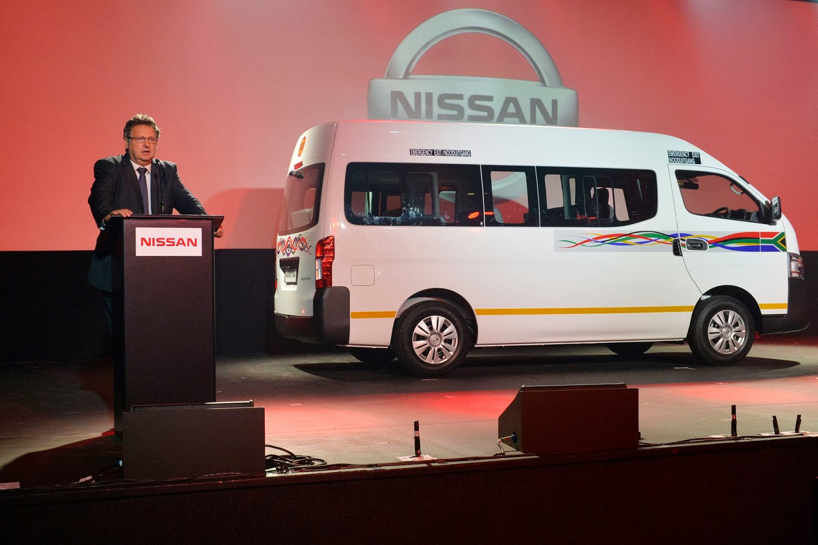 Top managing director of nissan sa and president of africa south regional business unit mike whitfield left the winner of the name to fame game