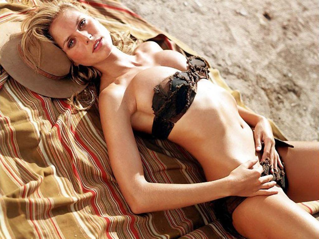 Heidi Klum Hot HD Wallpaper