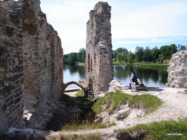 ruina zamku w Koknese