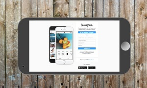 Aplikasi instagram keluar sendiri