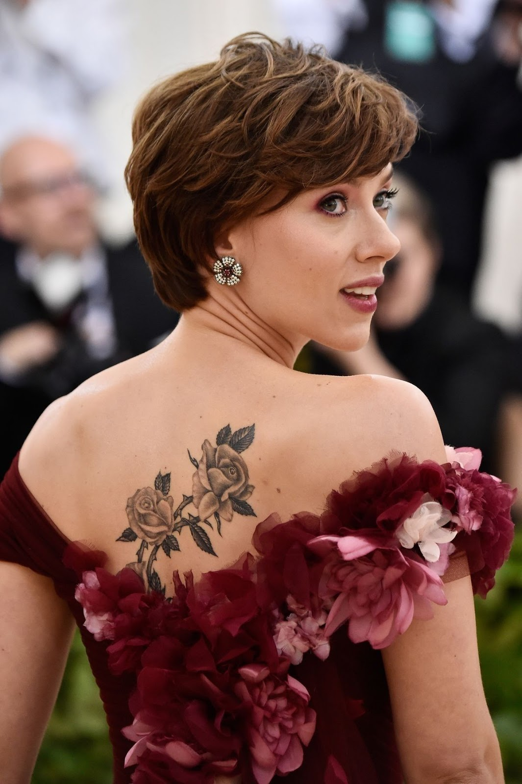 Scarlett Johansson-nude _Stunning-Wedding-Hairstyles-For-Long-Hair-Trending-Dirt- Get Skin Care Tips ,Hair Care Tips ,Hairstyling Tips ,Makeup Tips ,Fashion Tips ,Personal Grooming.K jpg