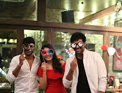 rashi khanna birthday party photos-thumbnail-15