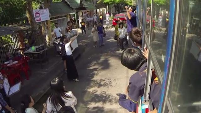 jvoen con telequinesis tailandia
