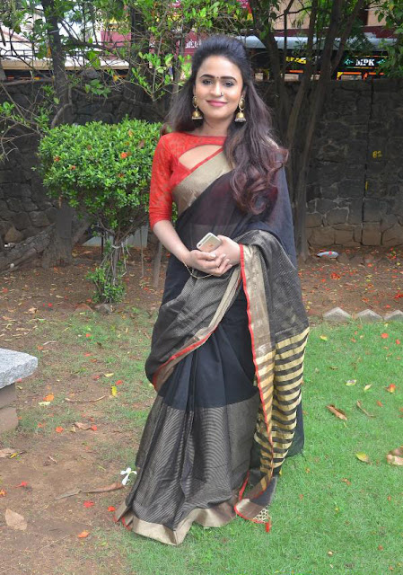 Sherin at Kadikara Manithargal Movie Audio and Trailer Launch