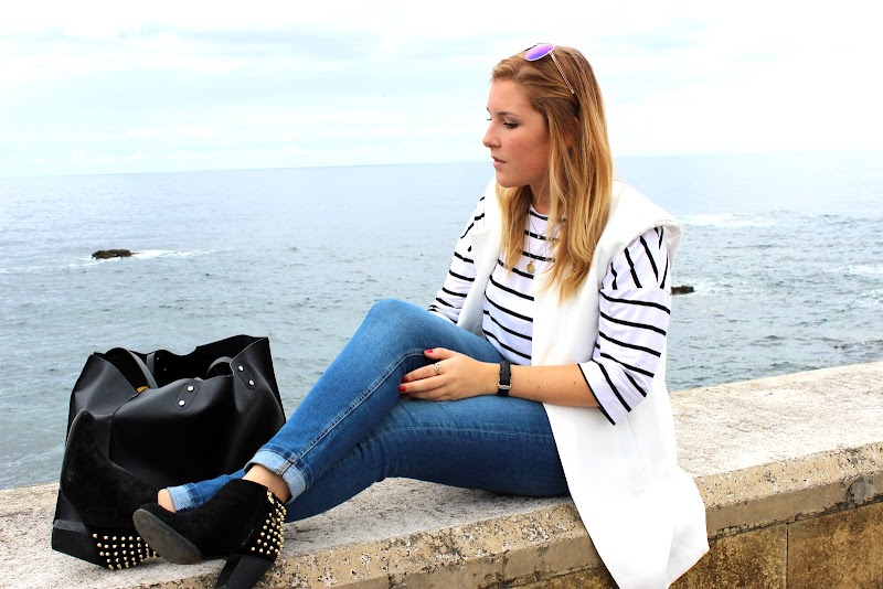 TRAVEL | CLOUDY COMILLAS
