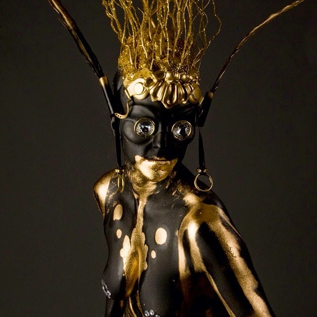 04-Black-&-Gold-Body-Nix-Herrera-From-Face-Off-to-Intricate-Body-Painting-www-designstack-co