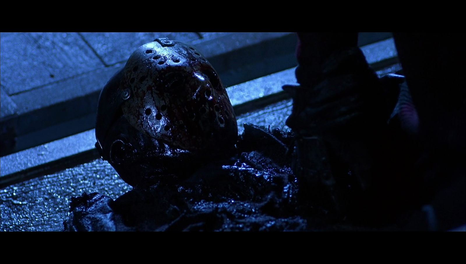 Captura de Freddy vs. Jason (2003) 1080p BluRay x265 HEVC DTS Dual Latino
