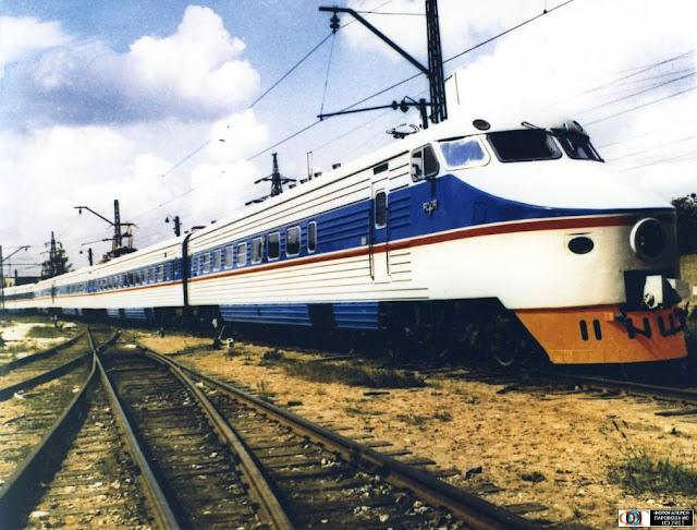 1974 год. Рига. Электропоезд ЭР200-01, подъездные пути РВЗ