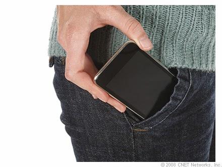 Ini Efeknya Jika Kamu Keseringan Mengantongi Handphone Di Baju