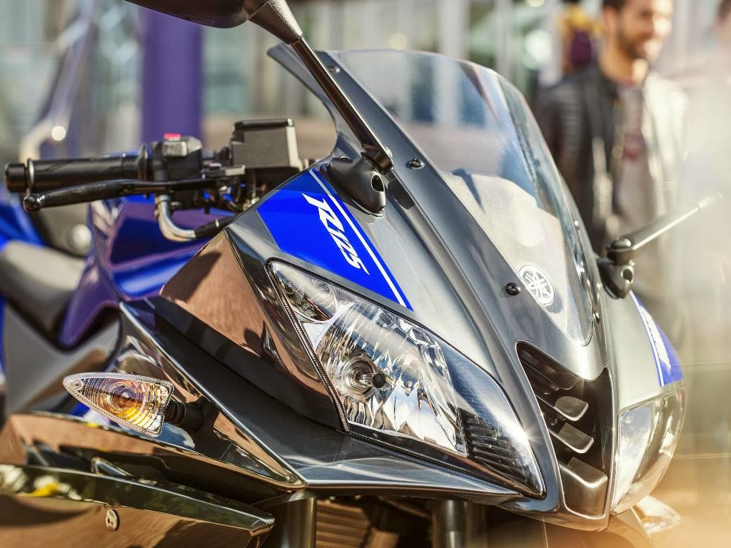 Yamaha YZF R125 Supersport Headlight