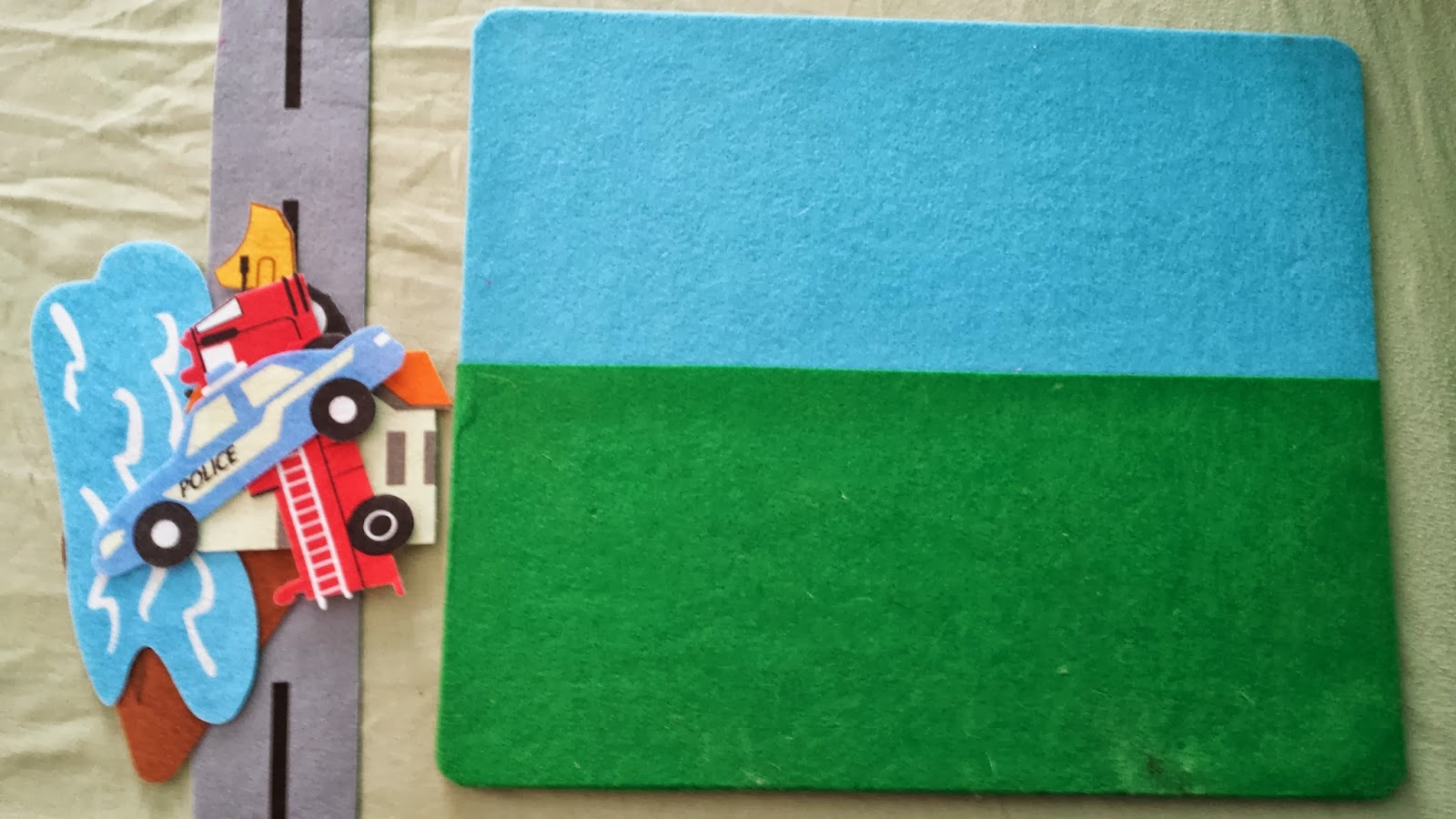 Munchkin and Bean: DIY Felt Board