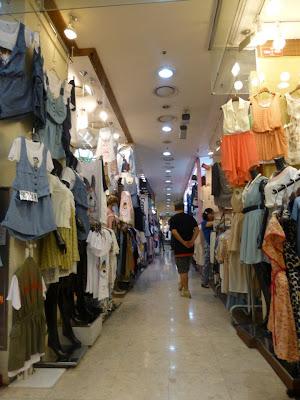 faire du shopping à Myeongdong à Séoul