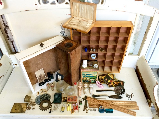 An assortment of vintage adds & ends from the flea market.
