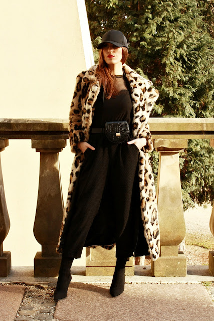 OUTFIT OF THE DAY : LEOPARD PRINT FUR COAT BY NA-KD
