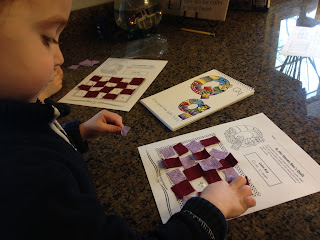 Quilting craft / activity preschoolers Q day