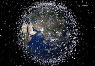yörüngedeki uygu ve çöpler